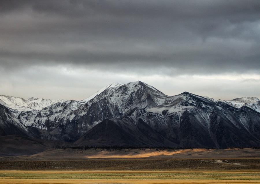 mountain cloud snow